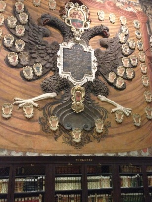 Wappen m Palazzo Archiginnasio