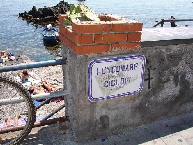 Sicily_Cyclops-Riviera-Acitrezza