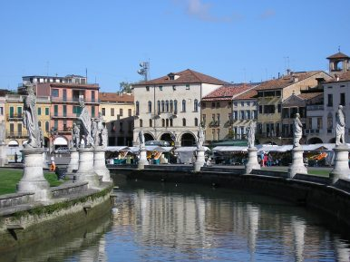 Canal with statues at Prato della Valle