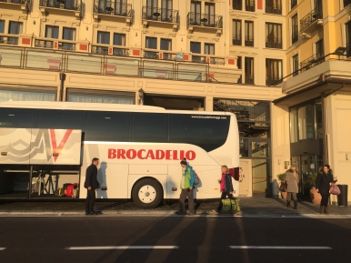 Coach in front of Hotel Britannia