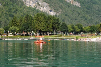 Summer activities on Lake Molveno