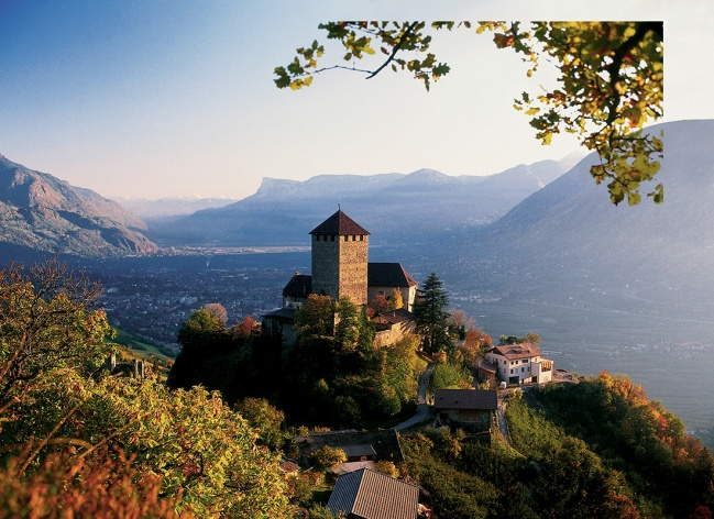 Northern Italy - Moutain, Lakes & Castles