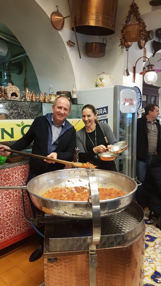 Show cooking in Naples